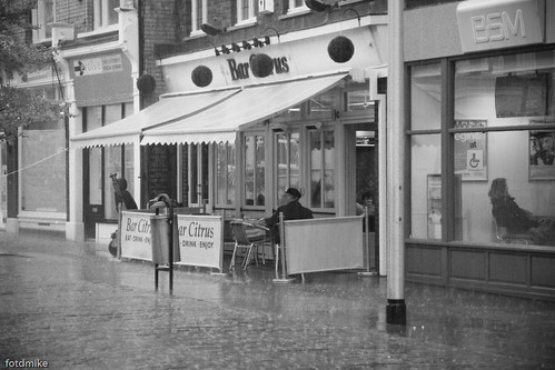 Bedford and rain and effects _G100404