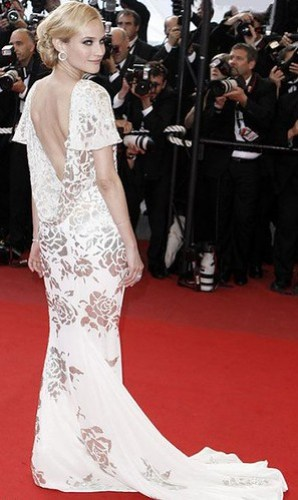 diane-kruger-inglorious-basterds-premiere-in-cannes.0.0.0x0.440x738
