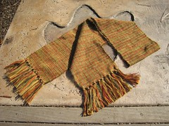 Scarf_2009_11_07_Woven_Autumn_leaves_01