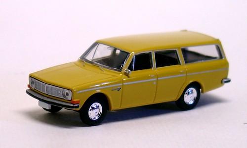 Brekina Volvo 145