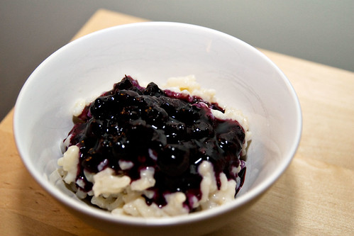 Rice pudding, blueberry compote