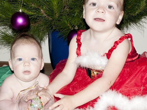 Christmas photo shoot 09 girls2