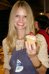 Me with a Banana Cupcake, Raspberry Icing