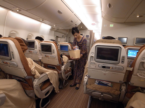 SQ A380 flight from Singapore to Narita
