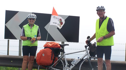 Stuart and Elaine from NZ heading for John o' Groats by bike from Lands End