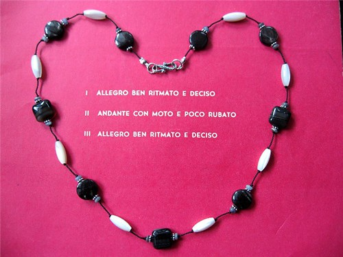 bw necklace