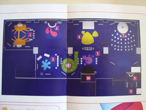 Áreas do Nokia Camp 2009: (1) Messaging, (2) Música, (3) Apps, (4) Mapas, (5) Vídeo/Foto, (6) Praça de convergência, (7) Debates, (8) Credenciamento, (9) Entrada, (10) Toaletes