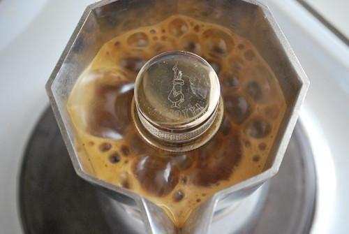 The Diary of a Moka Pot: The Essence of Italian Caffe Culture (1/6)