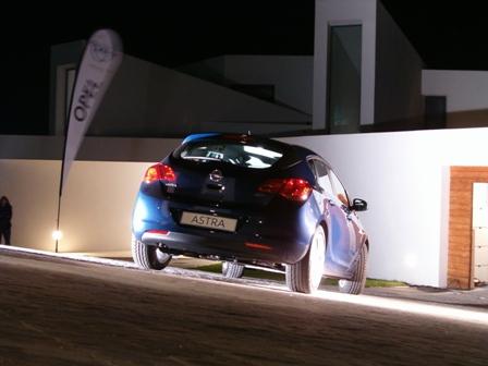 2009-12-13 2 - Nuevo Opel Astra