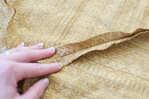 Marking where the zipper goes