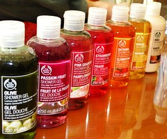 The Body Shop-Shower Gel