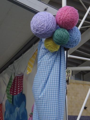 giant balls of wool.JPG