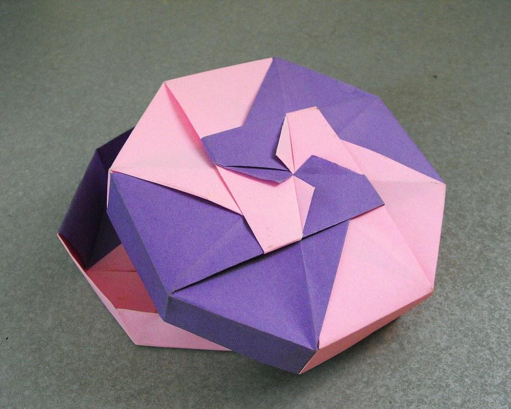medium resolution of origami box alejandro delafuente tags pink paper origami purple box rosa caja gift papel