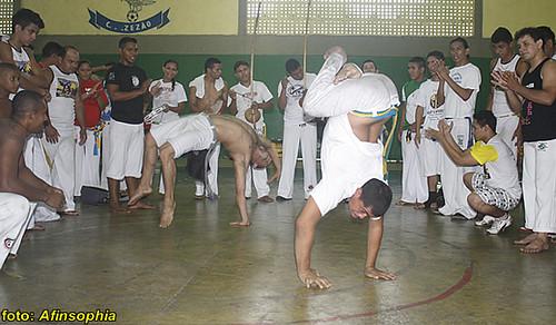 Capoeira Raízes 35 por você.