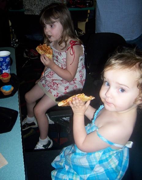 pizza_girls