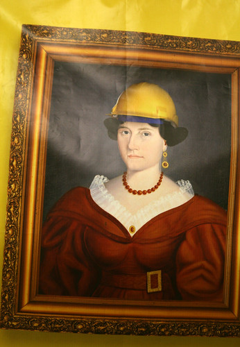 Women can be construction workers, too