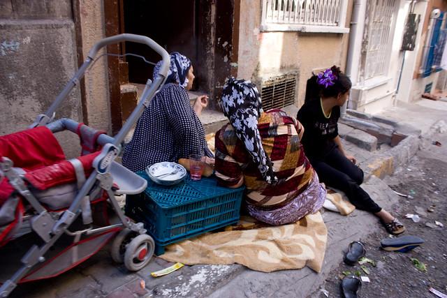 Mujeres en Tarlabaşı