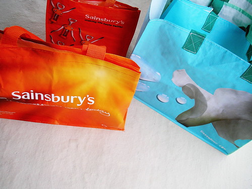 "SAINSBURY'S VS. CARREFOUR ""GREEN"" BAGS"