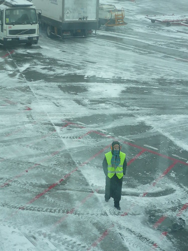 Cold weather at Madrid airport