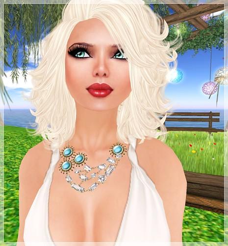 Review - Indyra - Porta Nova necklace