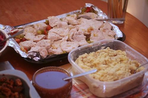 turkey potatoes and dressing