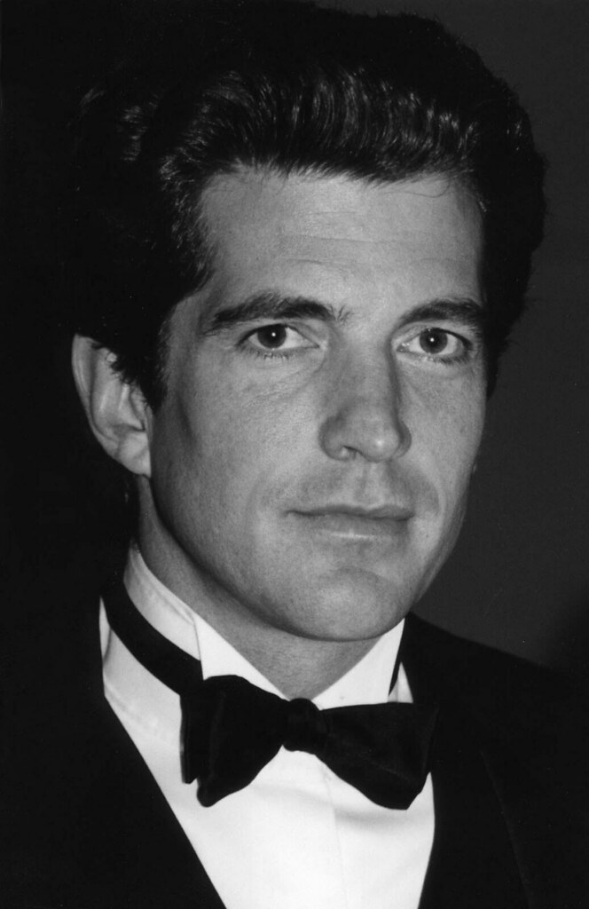 John F Kennedy  Jr  ©  copyright  2009
