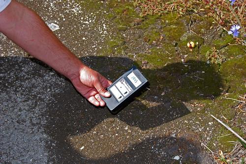 Measuring radiation in Prypiat - Copyright Roser Martínez
