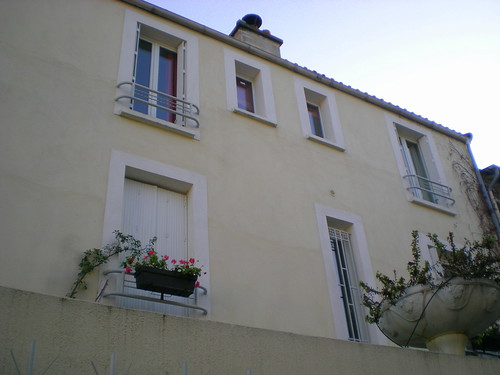 19th arr Rue de Mouzaïa Neighborhood