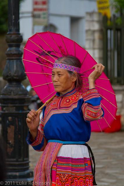 Red Zao lady, Sapa