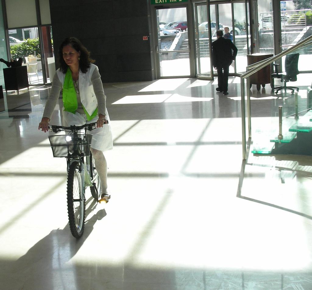 שגרירת דנמרק על אופניים