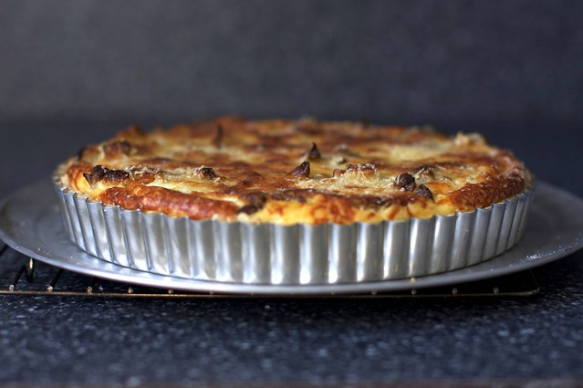 cauliflower and caramelized onion tart