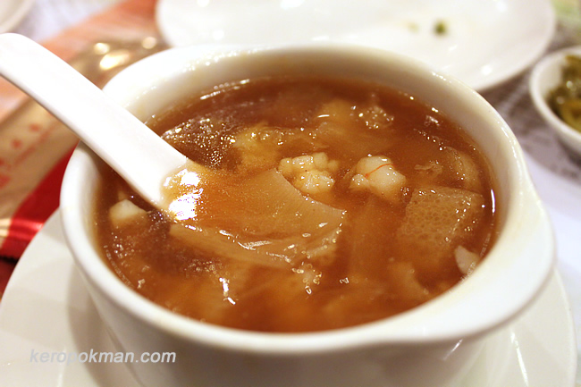 Braised Shark's Fin Soup with Seafood & Bamboo Pith