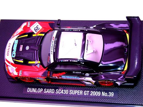 EBBRO DUNLOP SARD SC430 SUPER GT 2009 NO (8)