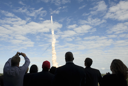 STS-129 Atlantis Launch (200911160007HQ) (explored)