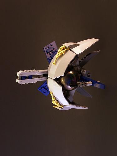 Crescent Mooner (by Legohaulic)