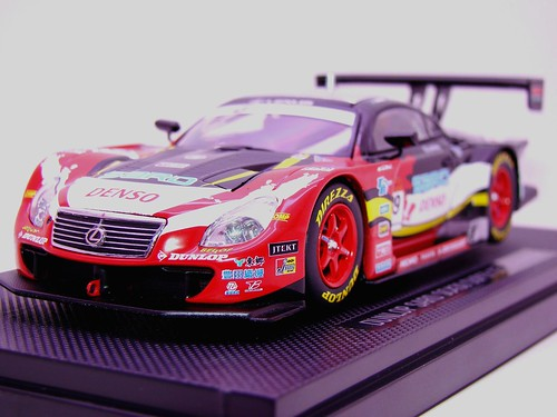 EBBRO DUNLOP SARD SC430 SUPER GT 2009 NO (4)