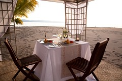 Oceanview Outdoor Dining at Casa velas hotel b...