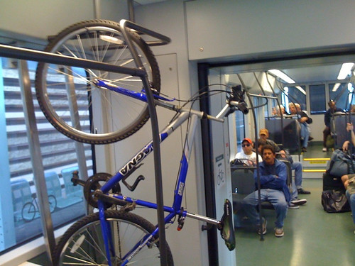 PHX: Bikes on light rail!