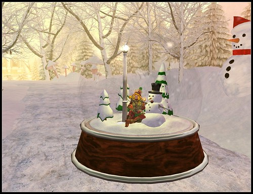 Snow Globe Mobile yay!