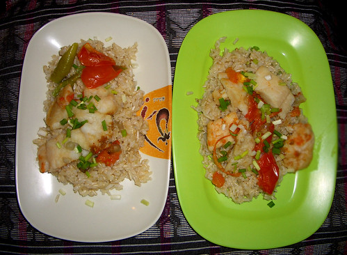 Pescado over brown rice