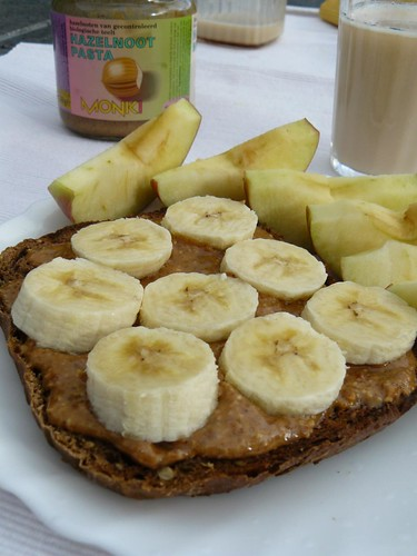 Hazelnut butter & banana