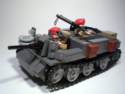 LEGO WW2 Bren Gun Carrier - Universal Carrier