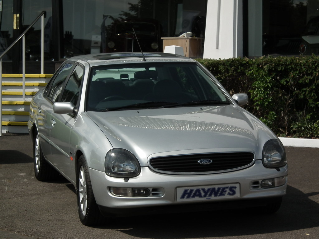 hight resolution of  more seats and in facelift form more exclusivity than the testarossa yes it s all sounding great you say well witness the ford scorpio