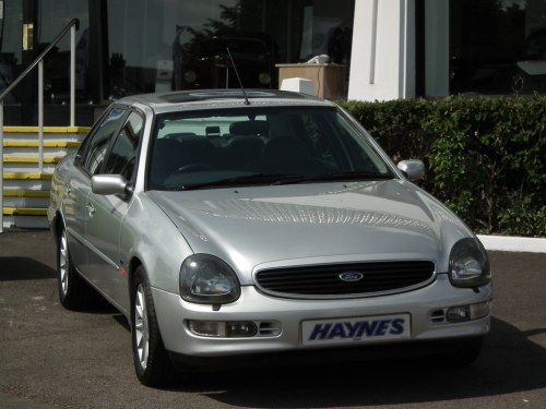 small resolution of  more seats and in facelift form more exclusivity than the testarossa yes it s all sounding great you say well witness the ford scorpio
