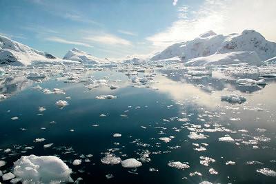 Ice melting in Paradise Bay, Antarctica/Photo by Lindsay Brown