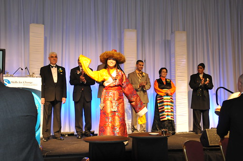 Chuki dances in front of the audience during the 2010 Pioneer Awards