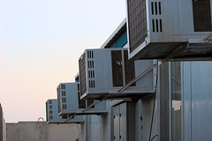 88.365_air_conditioner_row