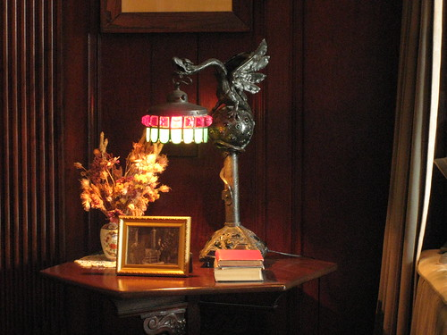 Sir Henry's Night Stand
