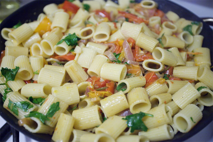 Jamie At Home: Pasta Peperonata