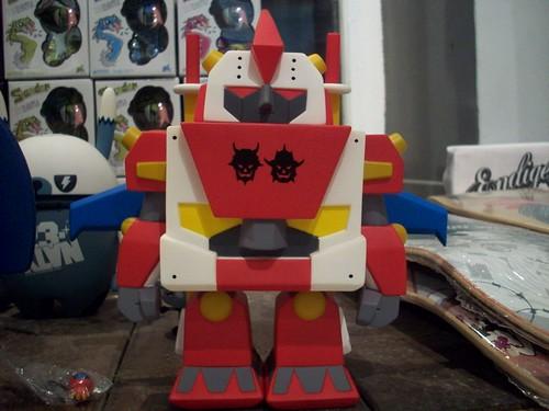 plus robot devilrobots play imaginative